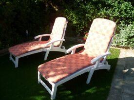 2 x Garden Outdoor Sun Lounger Recliner Folding Chair with cushions