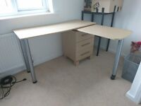 Desk/ extendable corner desk and drawers for sale