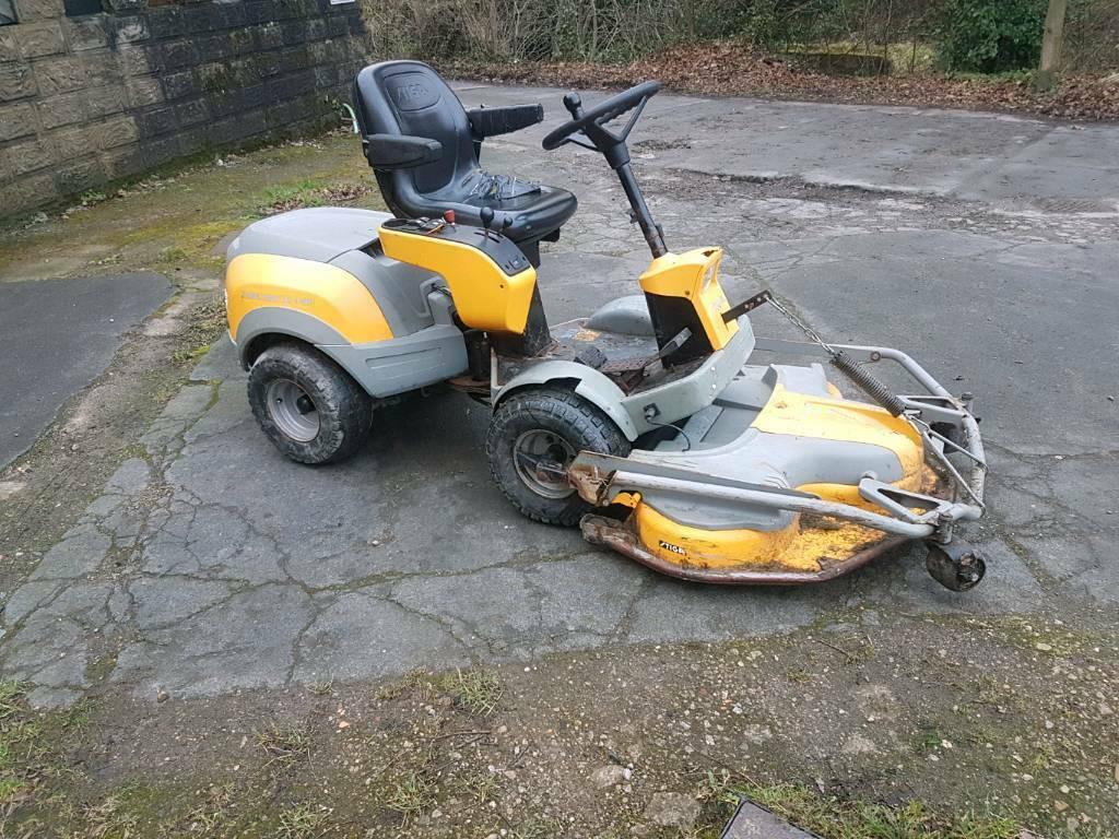 stiga park pro 20 4wd ride on mower tractor in menston. Black Bedroom Furniture Sets. Home Design Ideas