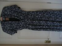 NEW WITH TAGS DRESS - KLASS ANNA ROSE - SIZE 16