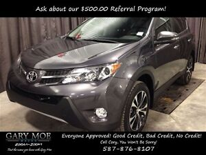 2015 Toyota RAV4 XLE *Low Kilometers* *Heated Seats* *Navigation