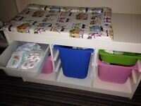 Toy Chest / Drawers / Changing Unit