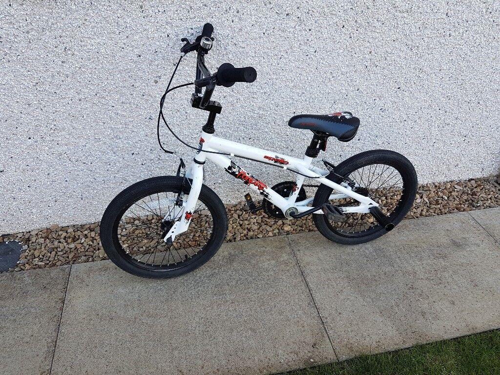 Boys / Girls Apollo Force Kids 18 inch Bike / BMX