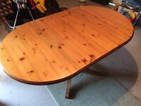 Pine dining table/Four chairs