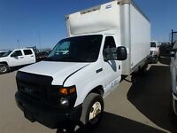 2011 Ford E-450 16 Ft Cube Van V10 Low Mileage !!