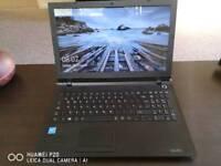 Laptop Toshiba Satellite C55-C-1M9