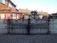 Wrought iron gates / Driveway gates / Garden gates / Metal gates / Steel gates / Double house house