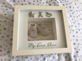 C unused frame baby first shoes