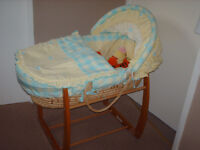 mamas and papas rocking moses basket with stand