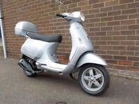 VESPA LX125. NEW MOT, JUST SERVICED, GREAT CONDITION!