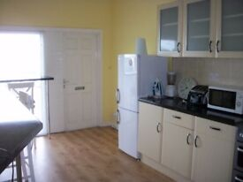 ONE BEDROOM FLAT TO RENT - CUPAR / ST.ANDREWS AREA