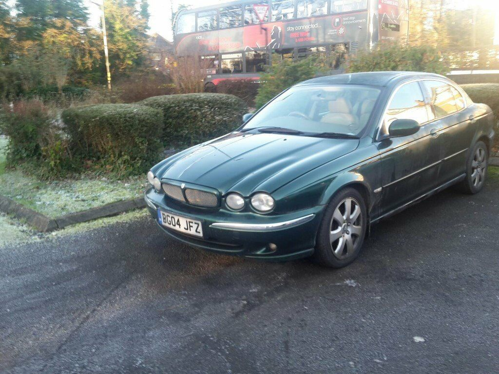 04 Jaguar 2.1ltre B.R.Green excellent condition Auto,all leather,all electric,Bargain