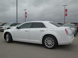 2014 Chrysler 300C AWD! V8! Leather! Sunroof! Luxury! London Ontario image 6