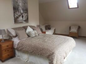5 Superb Rooms to Rent AND 2 x Two bedroom Apartments in walk-in condition, Available Soon.