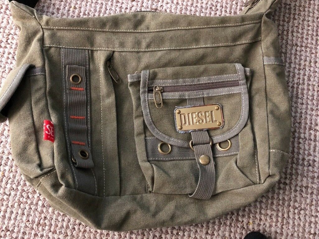 04cda80824a Diesel Messenger Bag | in Pollokshields, Glasgow | Gumtree
