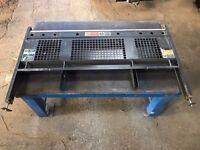 Head board for single cab Ford Transit Tipper. 09 plate.