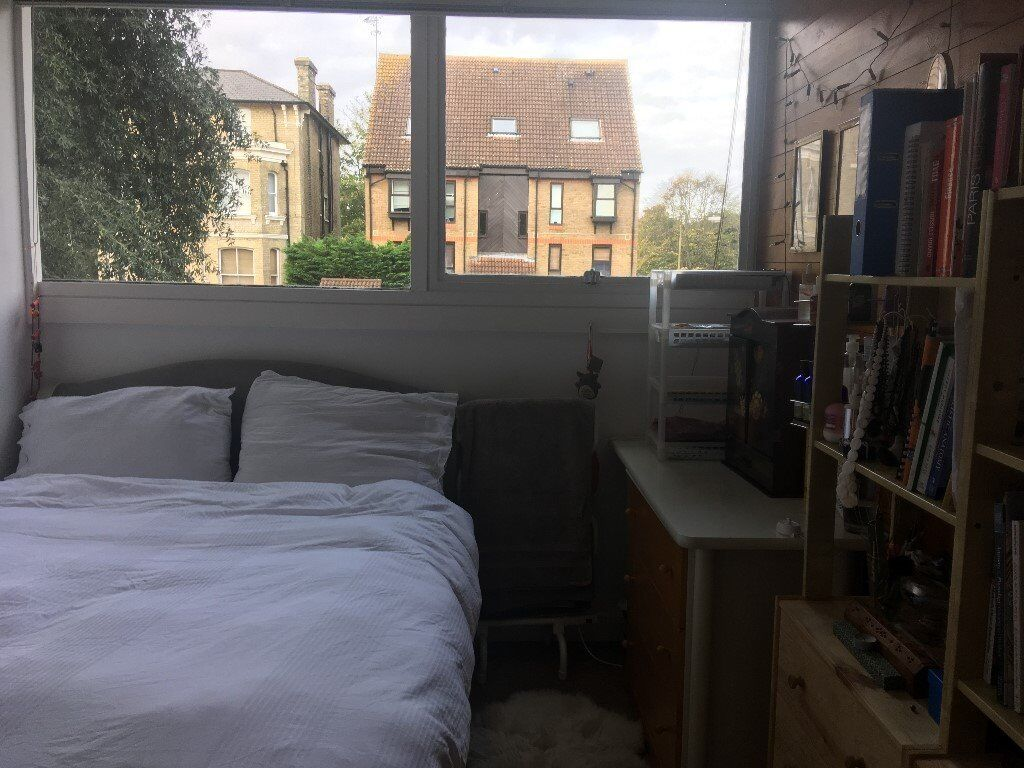 double room to rent -short term only