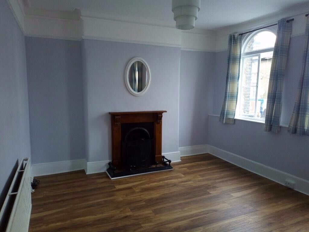 Newly renovated 2 bed flat in Lewisham
