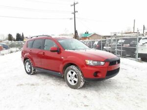 2012 Mitsubishi Outlander ES 2.4L 4WD!! Bluetooth & Heated Seats