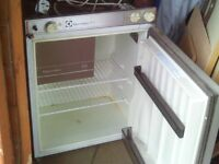 caravan electrolux 3 way fridge 212 b
