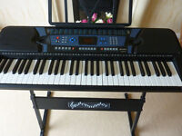 Pitchmaster 61-key Electronic Keyboard (DU090463) with stand