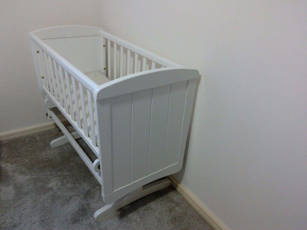 Mothercare Deluxe Gliding Crib -White