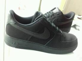 NIKE Air Force One Trainers Black swade - Size 10. New.