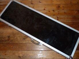 Warwick bass display flightcase with plexiglass lid and wall mounting brackets