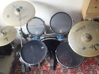 Traps compact drum kit with mesh and normal drum heads