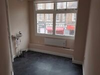 Beauty room for rent. Central London