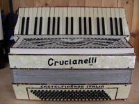 Crucianelli, 3 Voice, 120 Bass, Piano Accordion.