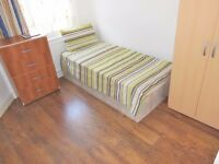 SINGLE ROOM AVAILABLE IN WOOD GREEN NORTH LONDON ALL BILLS INC + WIFI