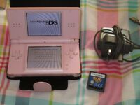 PINK DS LITE CONSOLE BUNDLE,1 GAME,CASE,CHARGER