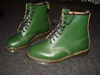 Dr Martens Boots Green Size 9