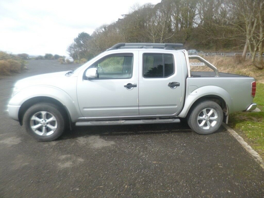 2008 nissan navara 2 5 dci outlaw d c 4x4 pickup not l200. Black Bedroom Furniture Sets. Home Design Ideas