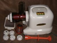 MATSTONE 6 in 1 JUICE EXTRACTOR and PASTA NOODLES EXTRACTOR CARROT & GREEN DRINKS