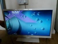White bush 24 inch tv & dvd player