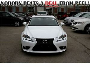 2015 Lexus IS 350 AWD *Like New*