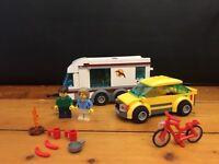 Lego Car and Caravan - JM 4435