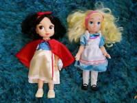 Snow white & alice in wonderland dolls