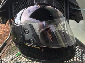 Ladies Motorbike Helmut - Size 53 Xsmall