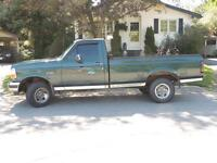 1993 Ford F-150 XL Pickup Truck - $1000 cash takes it