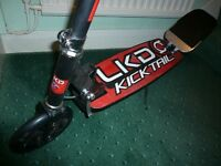 new condition kicktail scooter suite child up to 10years old