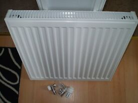 600mm x 600mm single radiator with compact kit and trv valves
