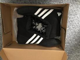 Adidas Box Hog