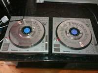 Pair of technics sl dz 1200 fully working please read description