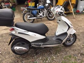 PIAGGIO Fly 125cc 3V with 12 month MOT