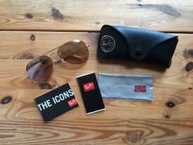 NEW! Ray-Ban Aviator Gold Sunglasses RB3025 - With Official Case, Cleaning Cloth + Documentation
