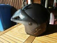 Open face helmet.