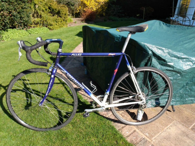 Specialized Allez 56 cm Road Bike | in Skipton, North